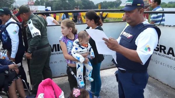 Los venezolanos buscan un futuro mejor en Colombia