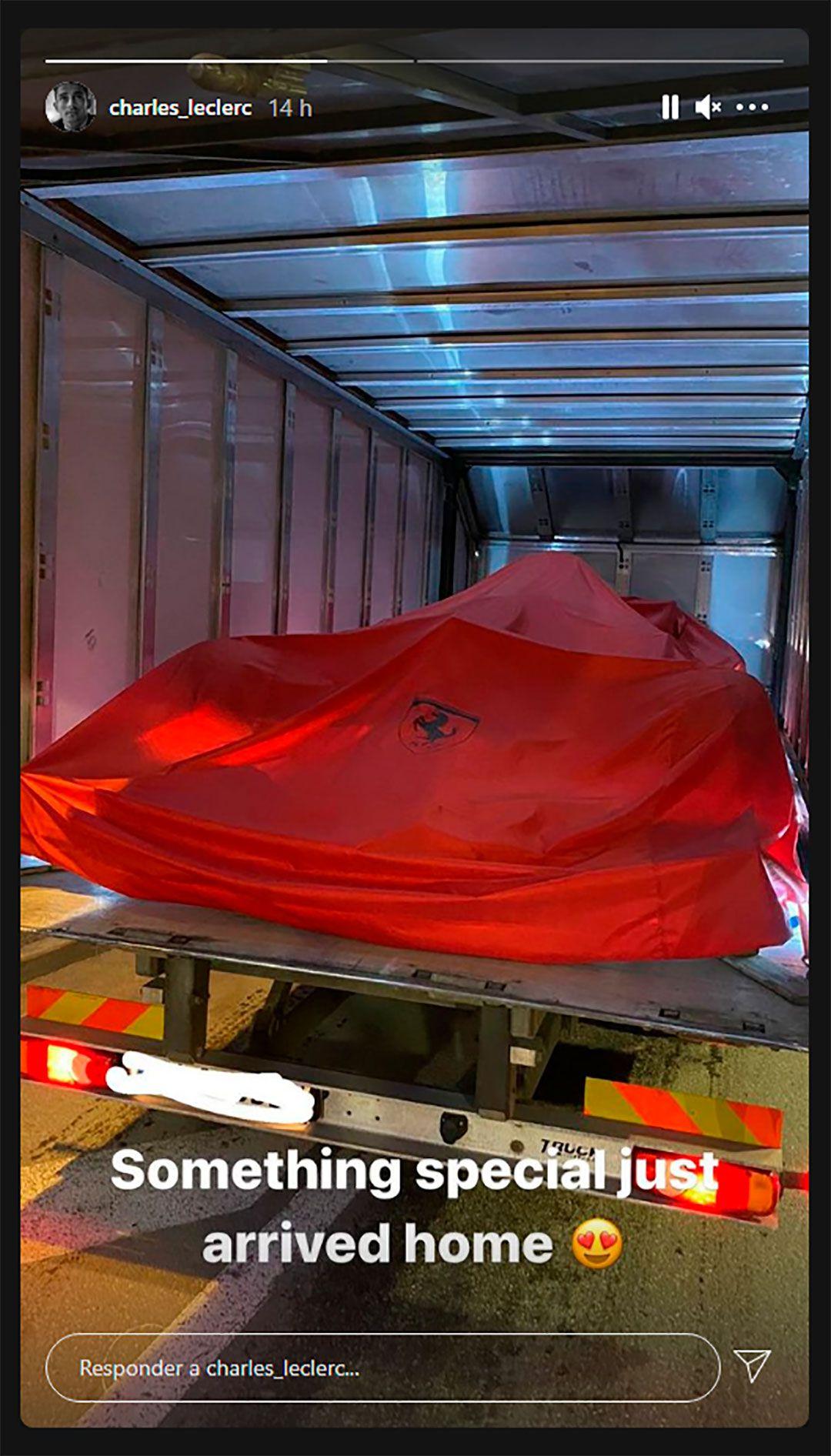 Regalo de Ferrari a Charles Leclerc
