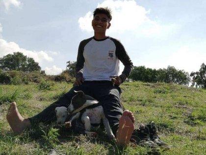 Su familia se ha quejado que Protección Civil del Edomex ya suspendió su búsqueda (Foto: Facebook/Yosse Colombo)