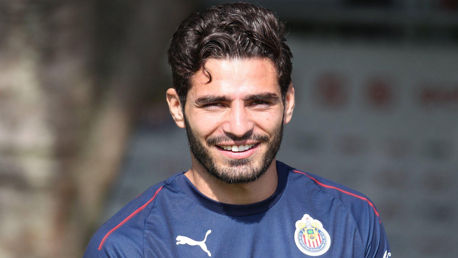 """Antonio """"Pollo"""" Briseño (Foto: Twitter @Chivas)"""