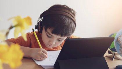 """""""Hacer Escuela"""" incentiva prácticas de conducción con acento en lo pedagógico para formar una red que potencie la construcción de mejores escuelas y regiones educativas (Shutterstock)"""