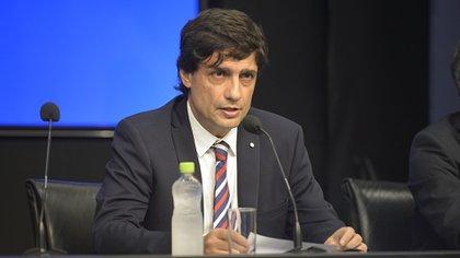 El ministro de Hacienda, Hernán Lacunza, dijo que la deuda no es impagable