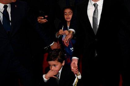 La familia Messi llegó junto al plantel del Barcelona con Mateo y Thiago