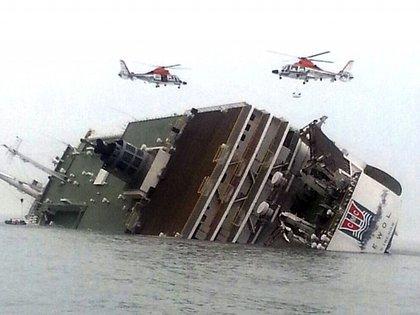 Foto del naufragio de la embarcación en el 2014 (AP)