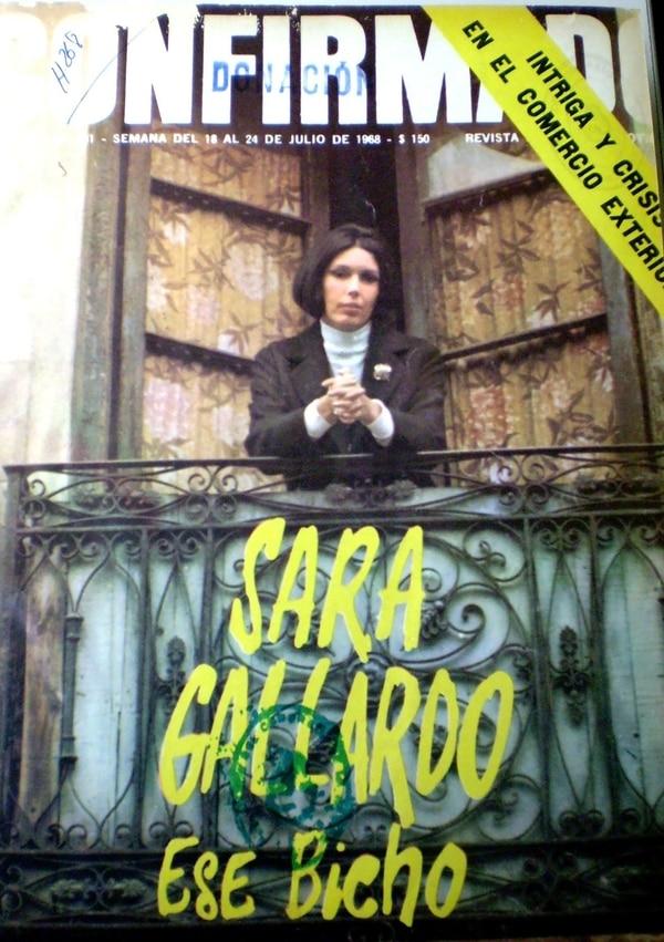 Sara Gallardo fue tapa de la revista Confirmado, donde trabajó como columnista