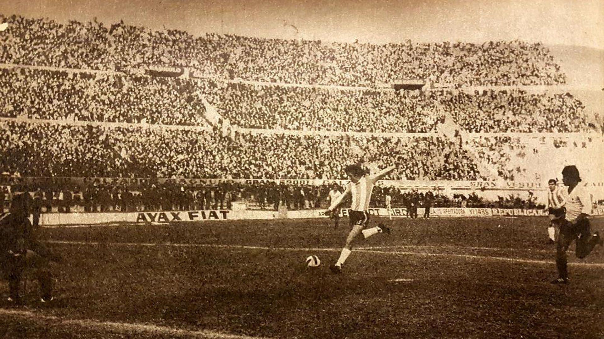 Argentina vs Uruguay 1975