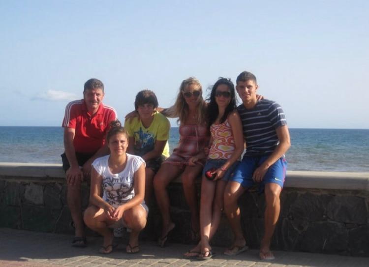 La familia Icardi junto a la ex novia del futbolista