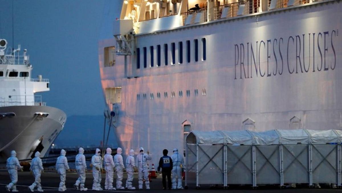 Detectaron 60 nuevos casos de coronavirus en el crucero en cuarentena en Japón: ya son 130 contagiados a bordo del Diamond Princess