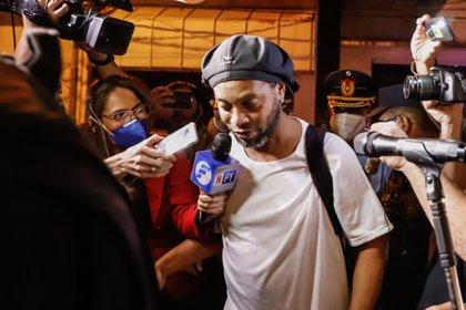 Rechazan apelación de Ronaldinho por caso de pasaporte falso en Paraguay