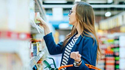 9 de cada 10 argentinos creen que es muy o bastante importante que exista una ley de etiquetado frontal (Shutterstock)