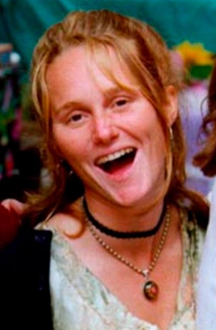 El verano de 1999, el 21 de julio, eligió una nueva víctima: la pelirroja Joie Ruth Armstrong, de 26 años, una naturalista que trabajaba con programas educacionales en Yosemite
