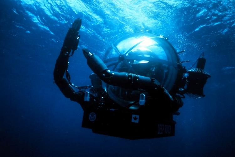 El Deep Rover monoplaza, producido por Graham Hawkes de Deep Ocean Engineering. Bruce H. Robison, biólogo marino, pilotó la embarcación en 1985 (T. Kerby/OAR/National Undersea Research Program; University of Hawaii/NOAA)
