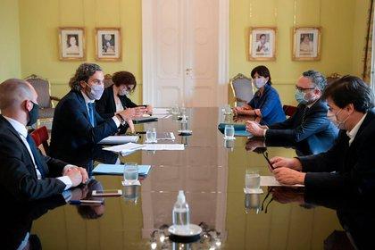 El gabinete económico se reúne semanalmente para analizar la marcha de las medidas, su impacto, y la asistencia a sectores afectados