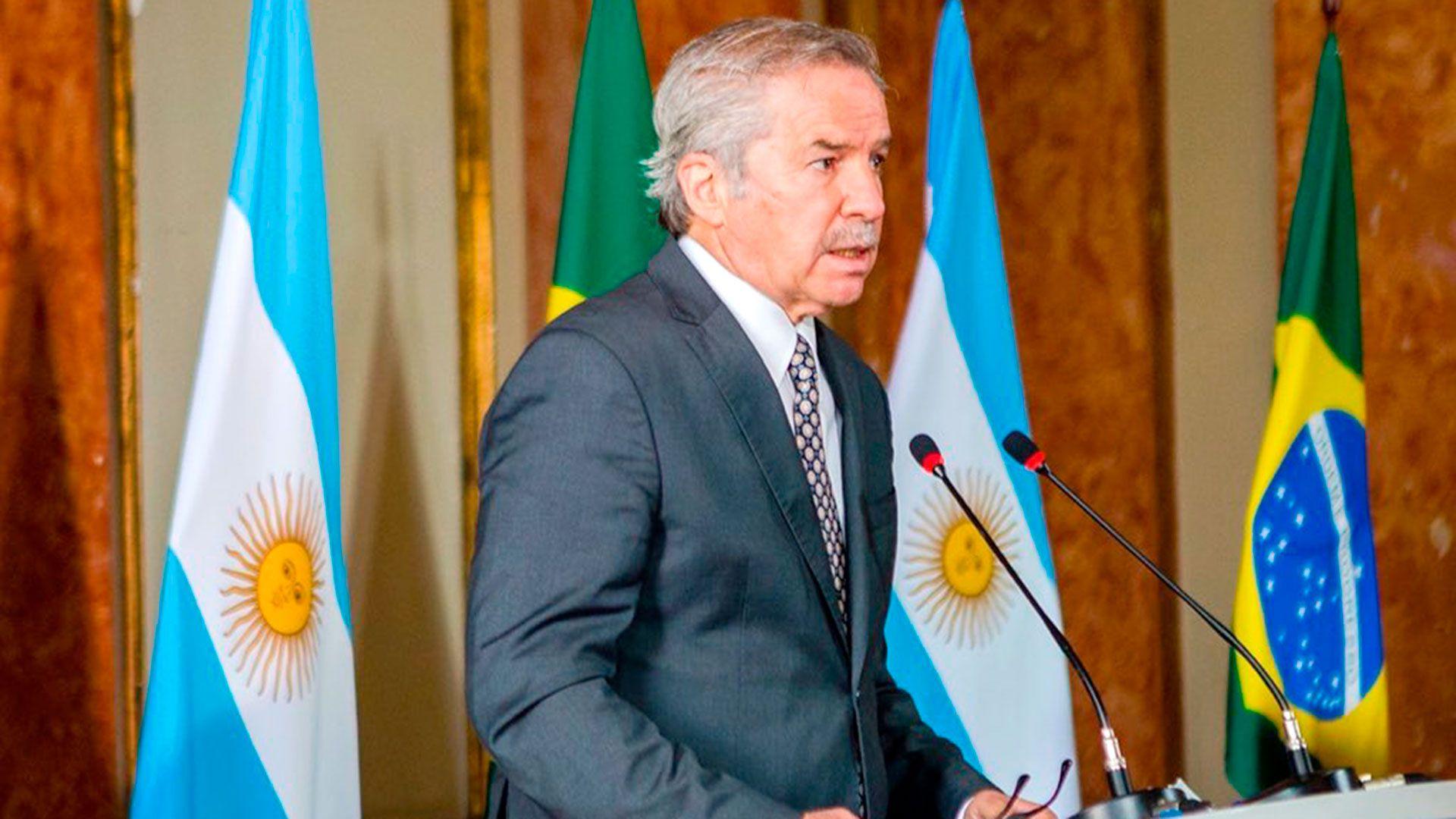 Felipe-Sola-en-Brasil