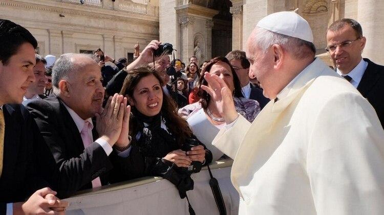 """""""Lucho"""", durante una visita al papa Francisco en abril de 2014 (@luchogimenez7)"""
