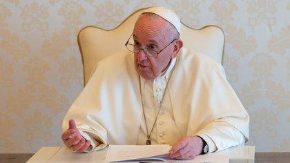 """El papa Francisco instó a la comunidad internacional a actuar contra el cambio climático: """"El tiempo nos apremia, estamos en el límite"""""""
