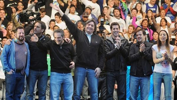 Ottavis, Cabandié, Larroque, Máximo, De Pedro, Recalde, Mendoza