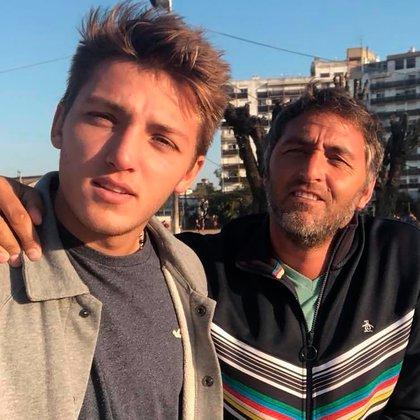 El Chapa Retegui junto a Mateo Retegui, delantero de Estudiantes de La Plata (@chaparetegui)