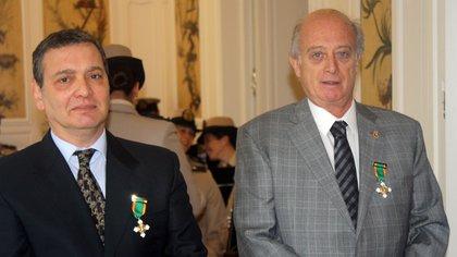 El juez Aguinsky (el de la izquierda) lleva adelante diferentes causas sobre la Mafia de la Aduana.