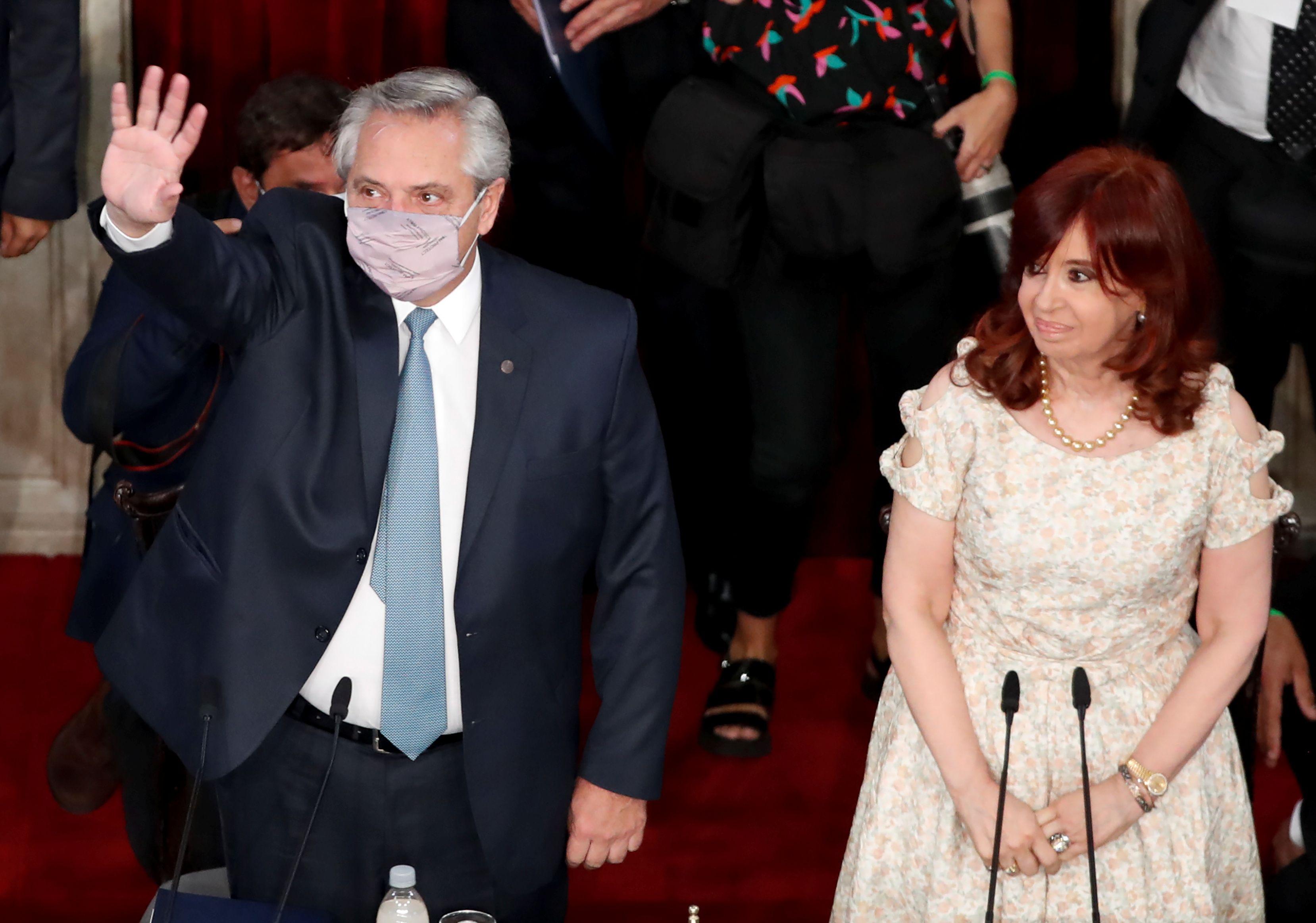 Alberto Fernández, antes de su discurso en la Asamblea Legislativa