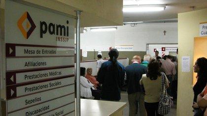 La medida alcanza, entre otros, a los empleados del PAMI.