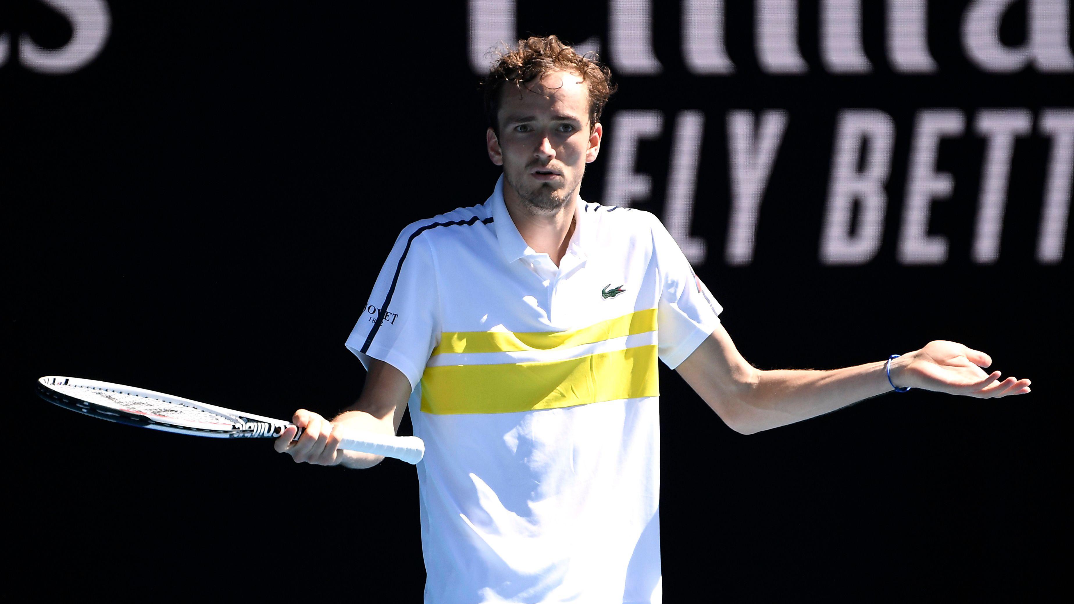 Medvedev superó al serbio Filip Krajinovic en cinco sets (Reuters)