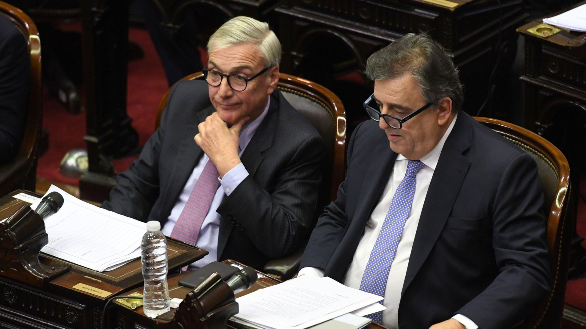 Legisladores de la bancada oficialista participaron del debate