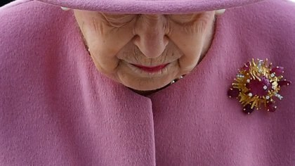 FILE PHOTO: Britain's Queen Elizabeth visits Dstl near Salisbury