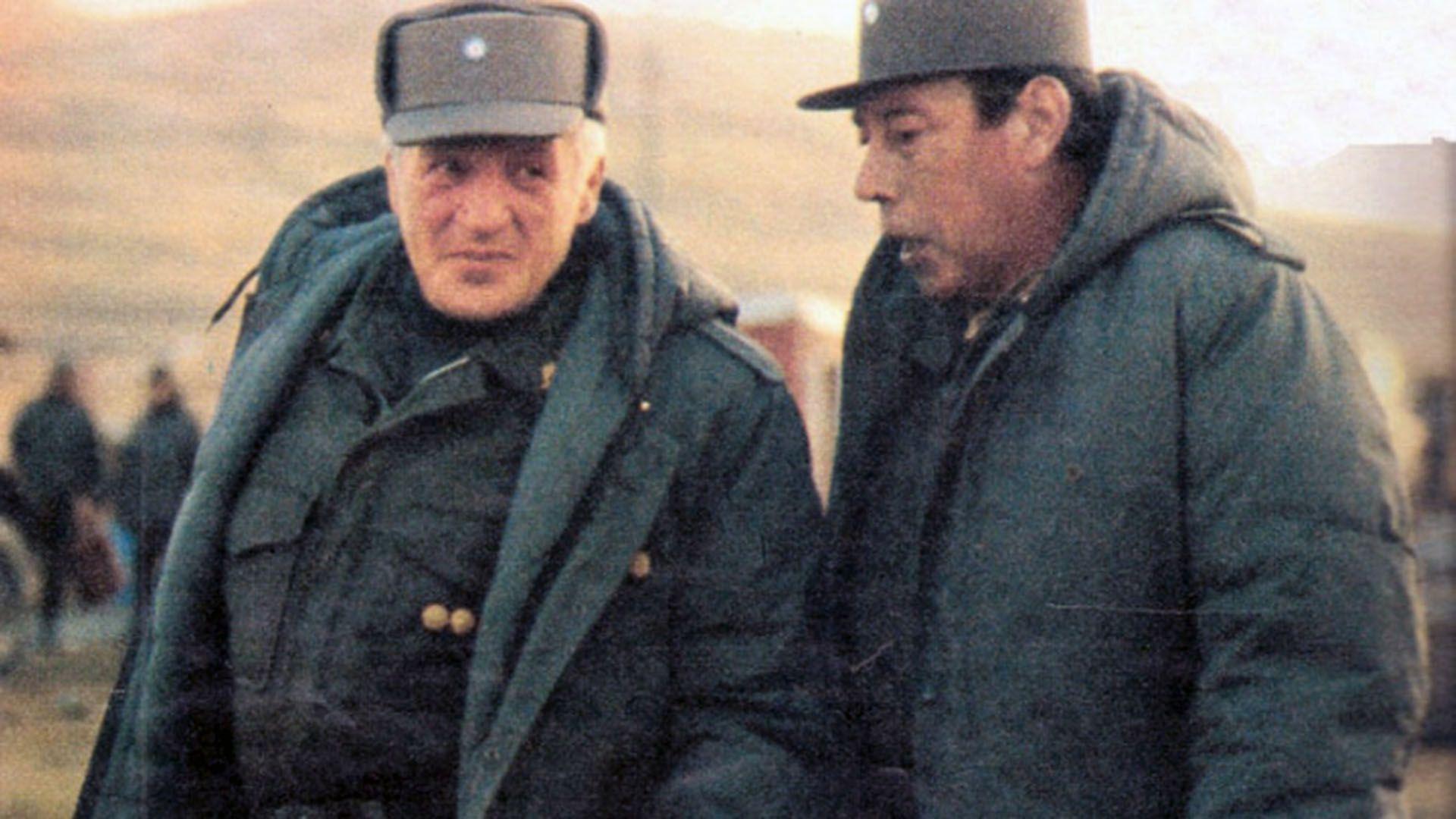 Galtieri junto a Menendez, en Malvinas.