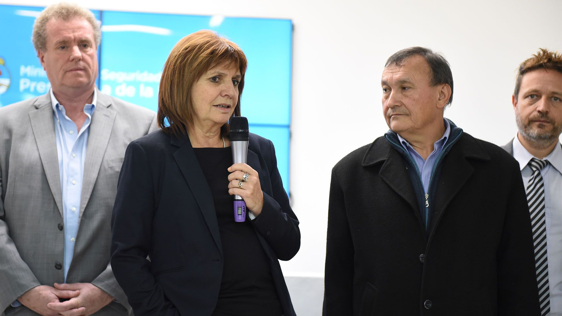 Gerardo Milman, con Patricia Bullrich y Lino Villar Cataldo, el médico enjuiciado por haber matado de cuatro tiros a un ladrón