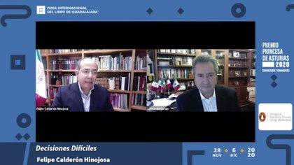 Calderón dice que el libro fue encargado por Penguin Random House Publishing House (foto: captura de pantalla).