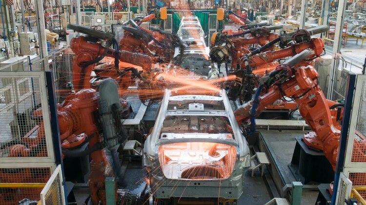 La industria automotriz es particularmente importante por la dimensión, alcance geográfico y extensión de las cadenas de suministro entre los diversos proveedores (Foto: Archivo)