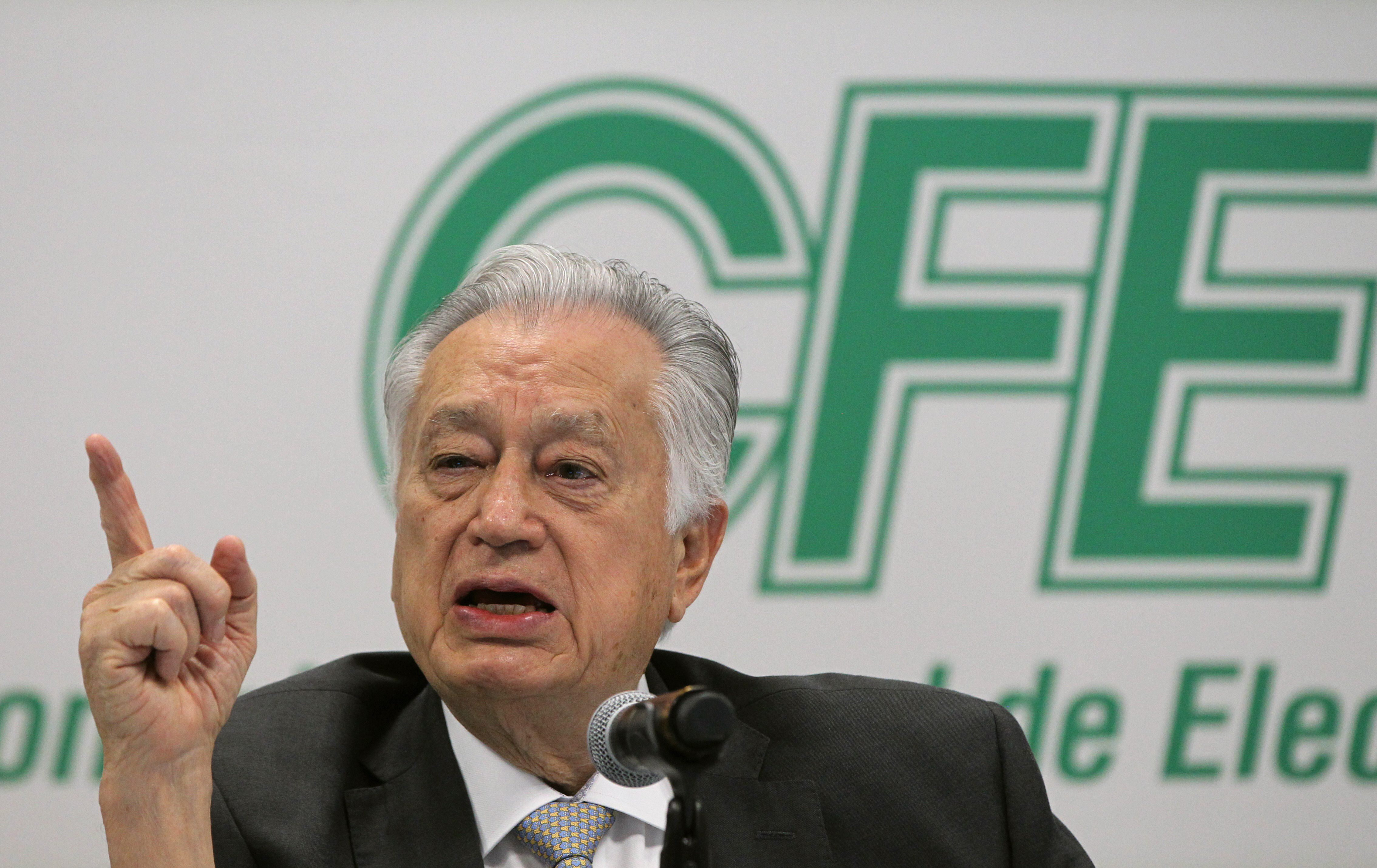 Manuel Bartlett, director de la CFE  (Foto: EFE / Mario Guzmán)