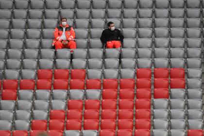 El partido de la Bundesliga entre el Bayern Munich y el Eintracht Frankfurt sin público como consecuencia del COVID-19 REUTERS/Andreas Gebert/Pool