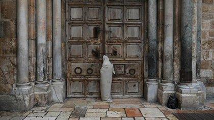 Sin milagro en Jerusalén, el Santo Sepulcro permanece cerrado en Pascua -  Infobae