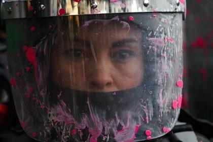 Fueron 44 mujeres policías las que resultaron lesionadas de la marcha del 28 de septiembre (Foto: Graciela López/Cuartoscuro)