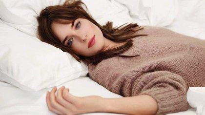 """Protagonista de""""Cincuenta sombras de Grey"""" y heredera de un linaje de actrices, Dakota Johnsonse posiciona como una estrella con todas las letras"""