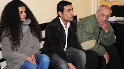 """José """"Pepe"""" Vargas Parra y sus dos hijos, José """"Yaca"""" Vargas Flores y Lucía """"Cori"""" Vargas Flores fueron condenados en 2014 por el delito de """"privación ilegítima de la libertad coactiva agravada"""" (https://postercentral.com.ar/)"""