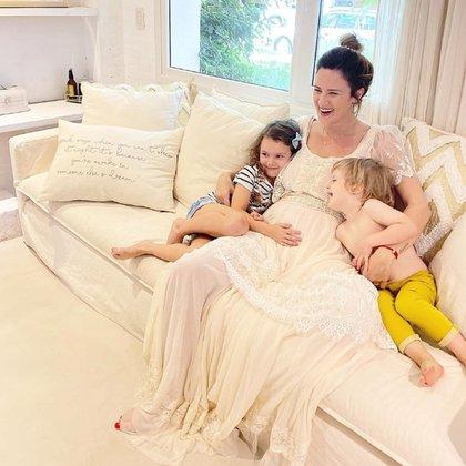 La foto con la que Paula Chaves anunció que está esperando su tercer hijo