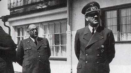 Theodor Morell fue durante casi una década el médico personal del criminal nazi Adolf Hitler (U.S. National Archives and Records Administration)