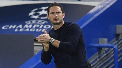 Soccer Football - Champions League - Group E - Chelsea v Sevilla - Stamford Bridge, London, Britain - October 20, 2020 Chelsea manager Frank Lampard Pool via REUTERS/Toby Melville