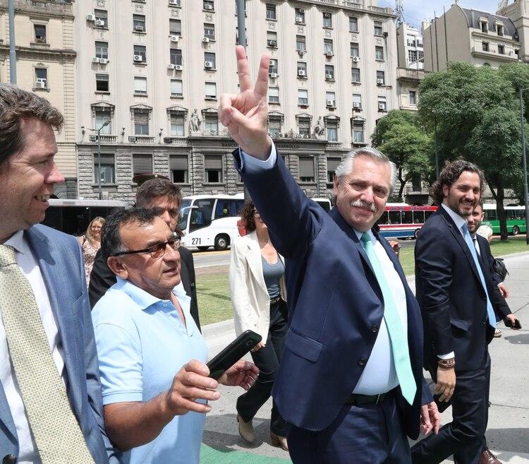 Alberto Fernández encomendó al jefe de Gabinete Santiago Cafiero armar un equipo para tratar de cerrar la grieta en Argentina (Presidencia)