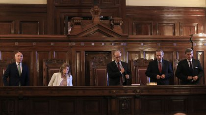 En su última carta, la Vicepresidenta apuntó contra la Corte Suprema (NA)