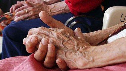 10 adultos mayores y nueve trabajadores de un asilo de ancianos en Villahermosa resultaron positivos al COVID-19 Foto: Archivo