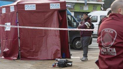 El cuerpo fue hallado esta madrugada (Adrián Escandar)