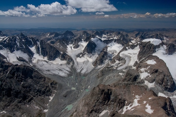 The Dinwoody and Gooseneck glaciers also show melting marks.  (Photo courtesy of Garrett Fisher)