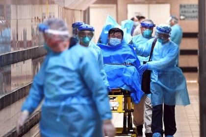 El nuevo coronavirus inicialmente detectado en la ciudad central china de Wuhan ha provocado 17 muertos y se ha diagnosticado en más de 600 casos en humanos (cnsphoto via REUTERS)