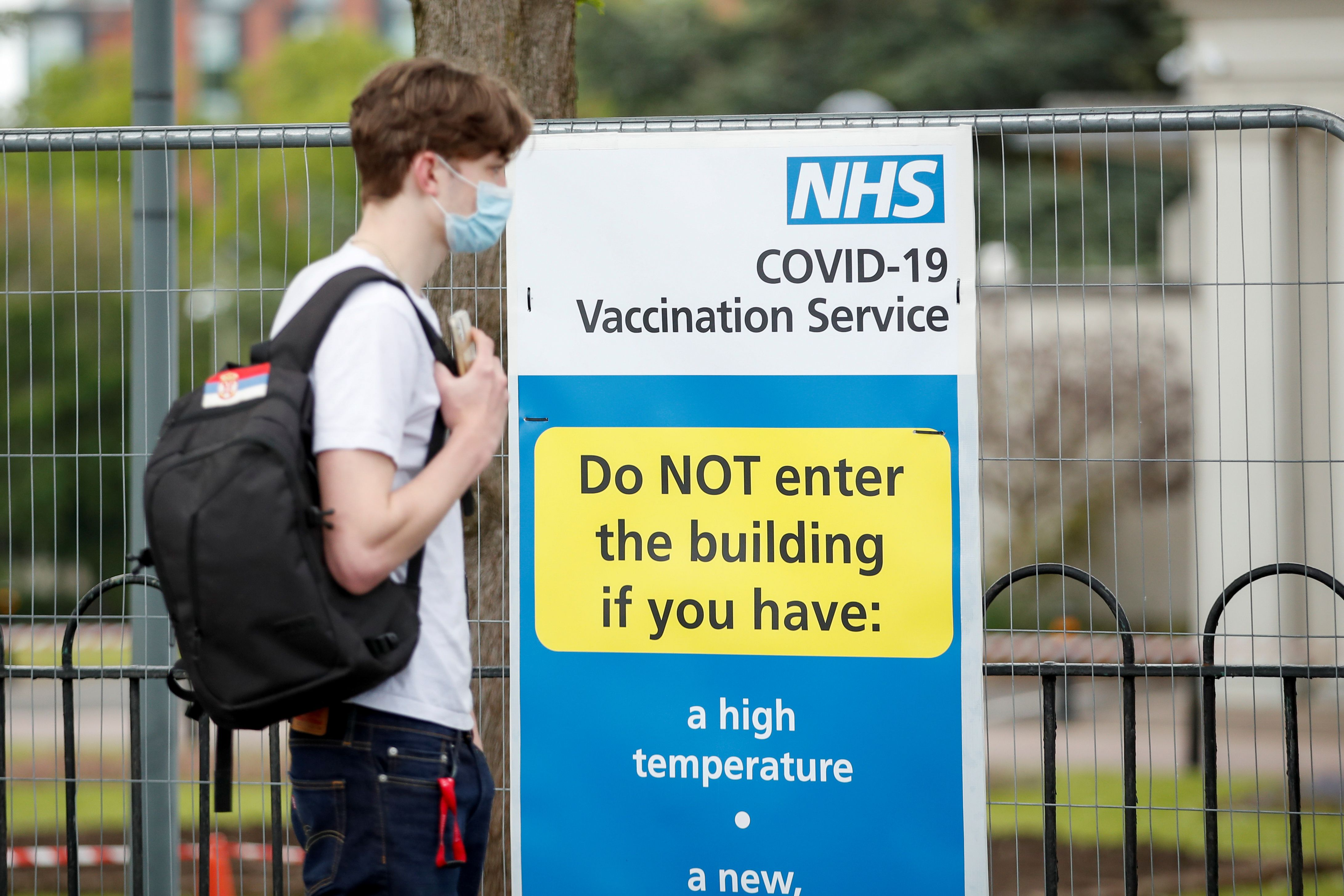Las últimas en sumarse a la lista han sido las vacunas COVID-19 que se desarrollaron en menos de un año y ya están siendo aplicadas en diferentes países del mundo para un mejor control de la pandemia REUTERS/Andrew Boyers