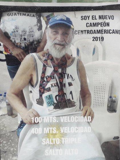 El orgullo de llevar colgadas cuatro medallas en el campeonato centroamericano de 2019