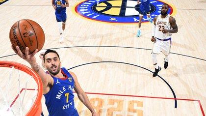 Facundo Campazzo está viviendo su mejor momento desde que llegó a la NBA (AFP)